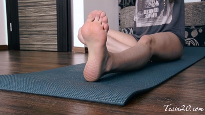 Watch My Feet while I Workout!