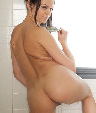 Tessa Ray Shower Time - Picture 10